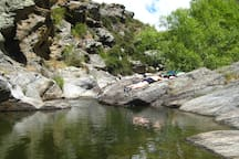 Swimming in the gorgeous rock pools at Dykes Dam.