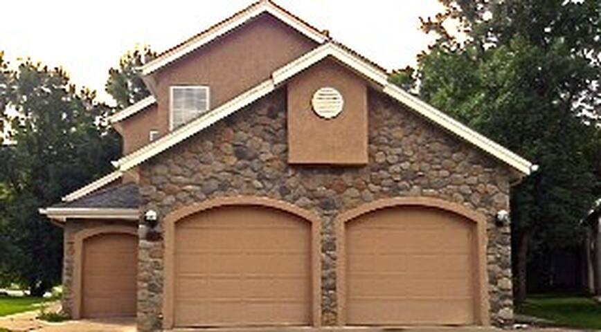Charming Villa on 3rd Fairway - Durango - Villa