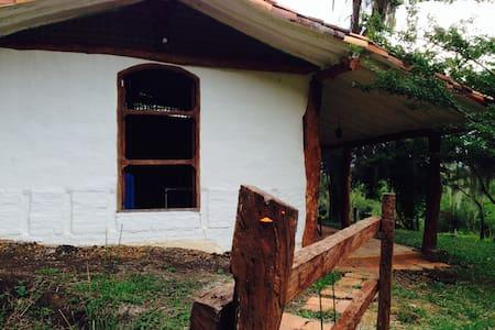 Casa Campeche - Socorro - Kisház