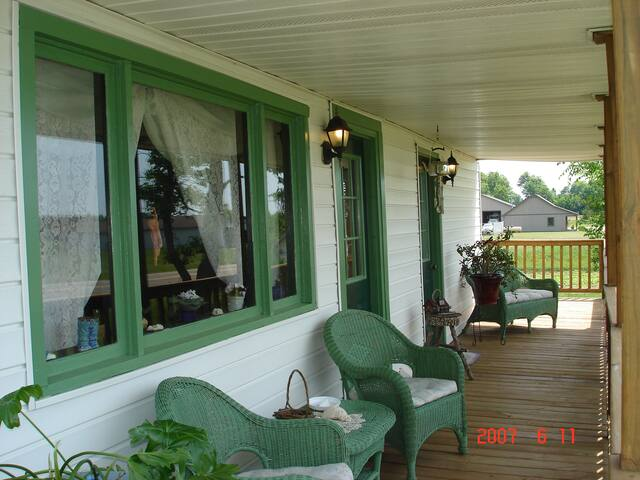 Acushla B & B - Buckley - Bed & Breakfast
