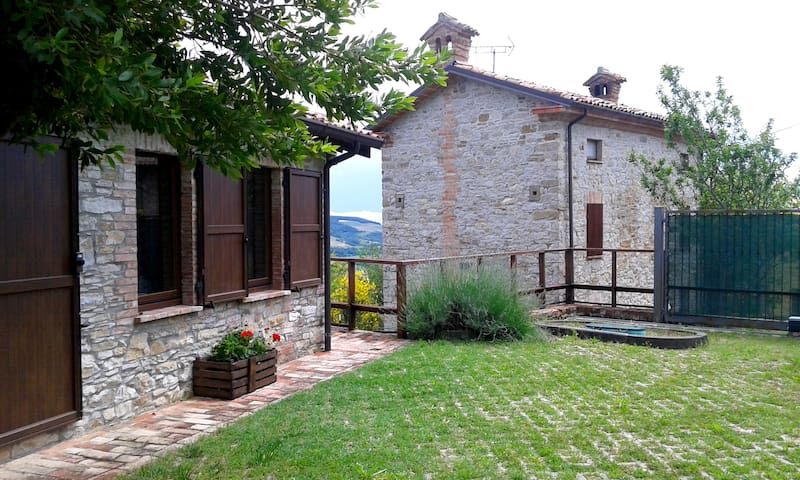 Nature and relax on the hills in Val Trebbia - Travo - Huis