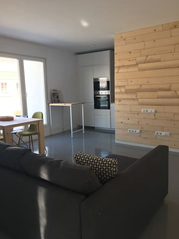 Green apartment with terrace - Burlada - Apartamento