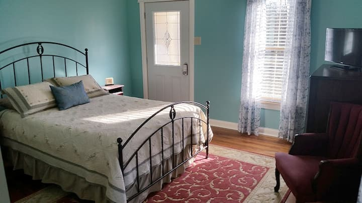Jefferson Room - Katy Trail B & B