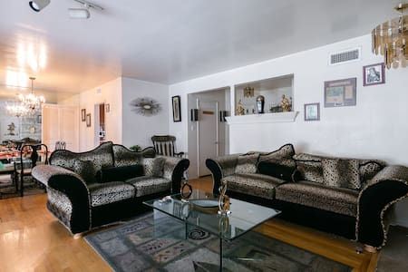 Own Private Room Shared Bathroom - 2 - Los Angeles - Ev