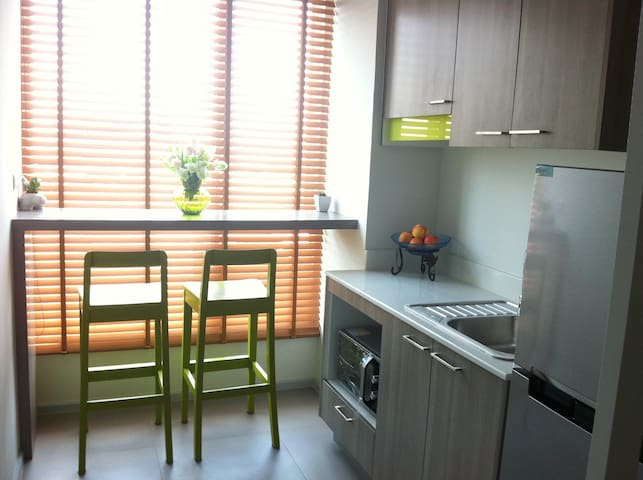 Cozy 1BR near Impact,Wifi,Washer - Pak Kret - Daire