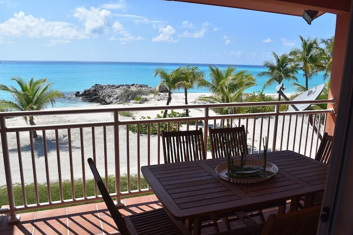 Stunning 3 BR Oceanfront Townhouse w/ Free Wifi