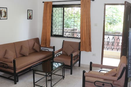 Valuable Stays Goa 1BHK 👉 AC, Kitchen & Pool 👈
