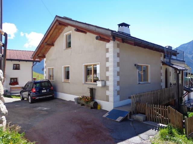 Ferienhaus Bergblick - Santa Maria Val Müstair - Haus