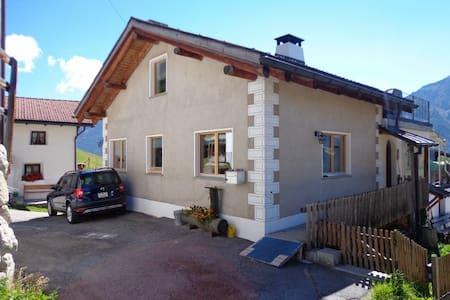Ferienhaus Bergblick - Santa Maria Val Müstair