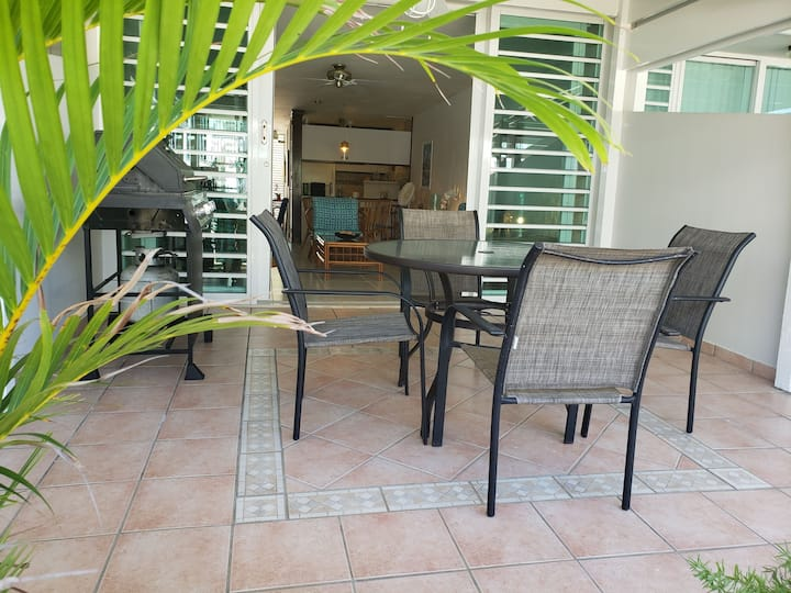 Villa Lunna - Ocean view villa with WIFI