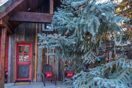 Truckee River Bike House - Truckee