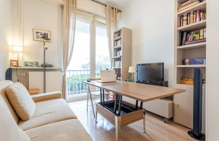 STUDIO - SECURE RESIDENCE IN NEUILLY SUR SEINE