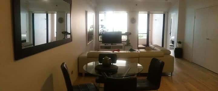 One bedroom apartment in the middle of Sydney