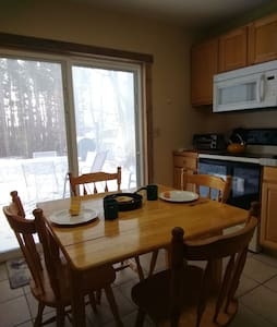 FAITH - Heated CABIN at UPPER SILVER LAKE 6person