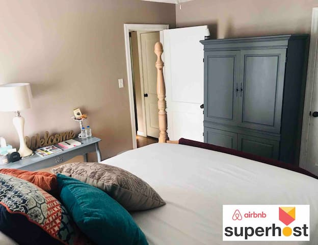 Heart of 7 pts- Queen Bd w/Bath- 2mi from Downtown
