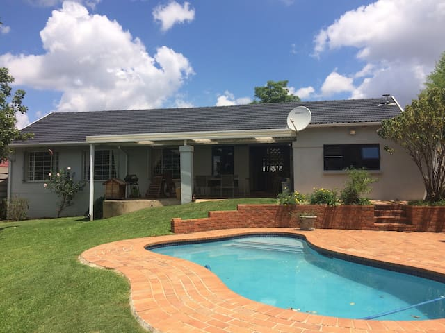 Great Central Place To Stay! - Randburg - Ev