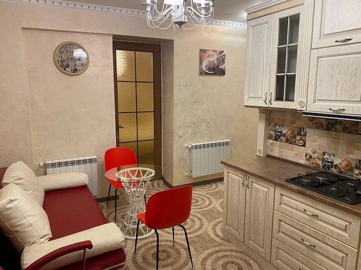 Раскошный апартамент No. 2 в центре Цахкадзора