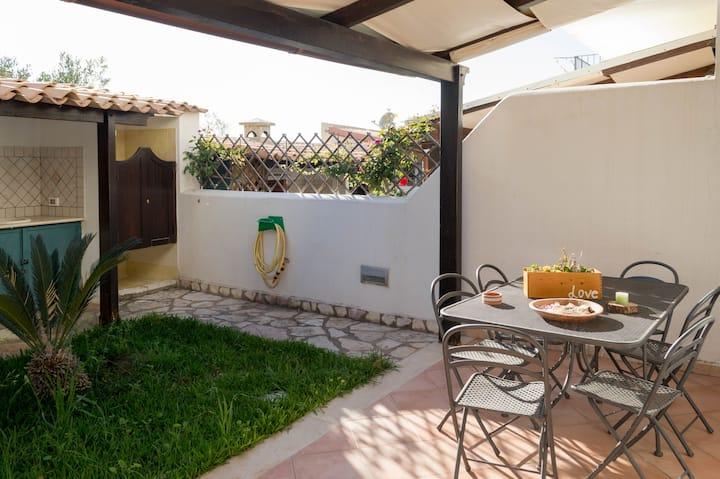 Villa Linosa con giardino, barbecue e vista mare
