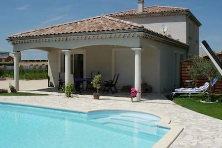 Chambre d'hôte / Piscine - Portes-lès-Valence