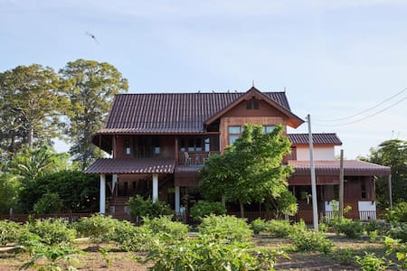 (Maywadee) Baan Klangsuan , Saraburi for2persons