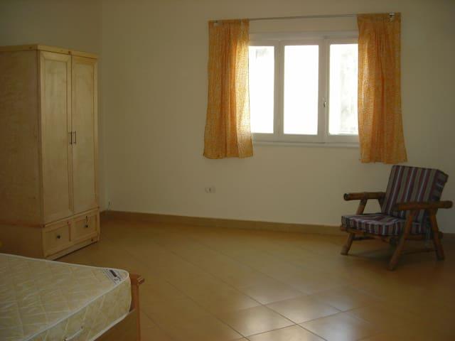 """Room in Dokki """"Aluan"""" - Cairo - Huis"""