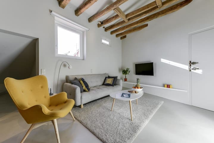 Uber Chic Cozy in Heart of Madrid Chueca 5*