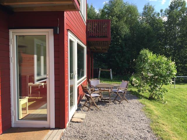 Lys, trivelig leilighet i Bø - Bø i Telemark - Flat