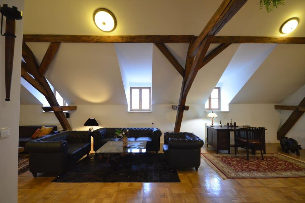 Living room - Attic Hastalska - 3BR, 2BA & A/C - Old Town Square - Jewish Town