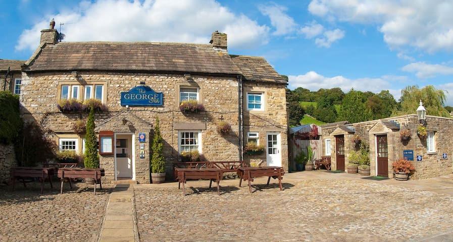 Private Room at The George Inn 1/2 - Thoralby, near Aysgarth