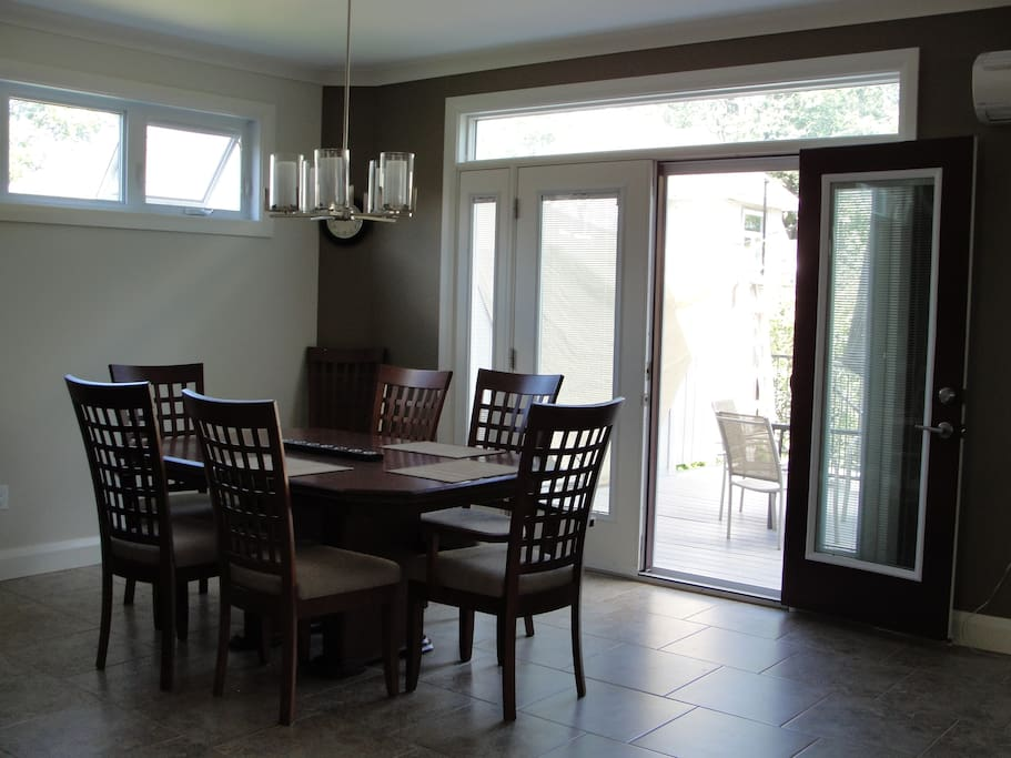 Large dining area with access to back deck