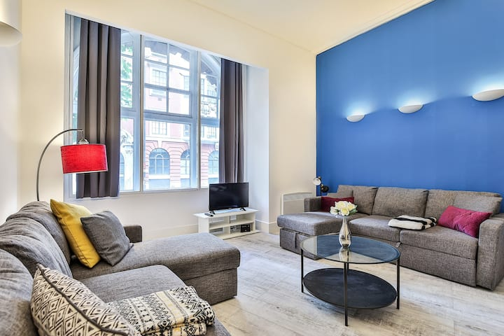 ❤️️NEW Stylish and Modern Flat with FREE WIFI❤️️