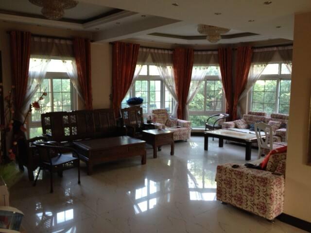 Villa 5 chambres, 3 salles de bain - ShunYi Shi