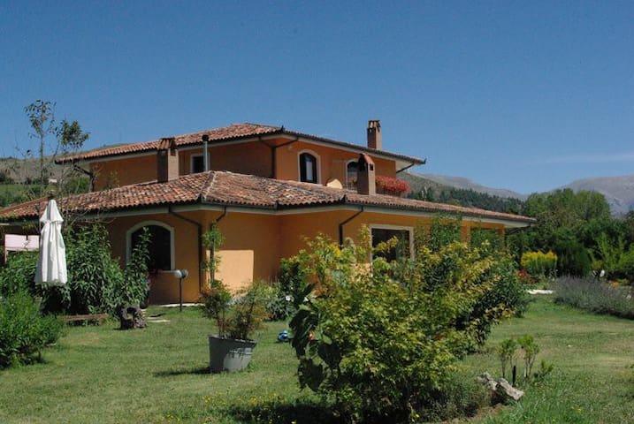 b&B Le Piagge, Abruzzo  - Scurcola Marsicana - Bed & Breakfast
