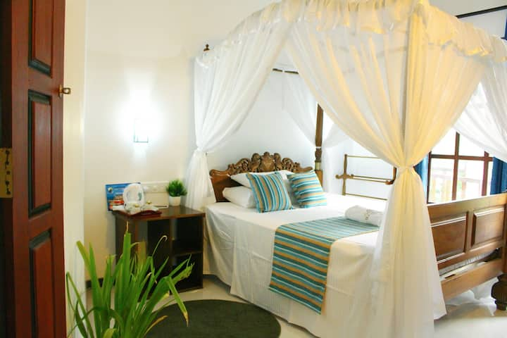 Sleek House Mirissa - Room 2