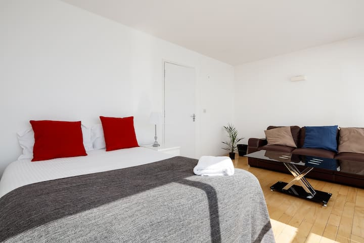 Bedroom with Sofa Seating