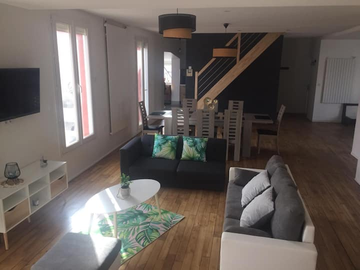 logement de 220 m² avec grande terrasse privative