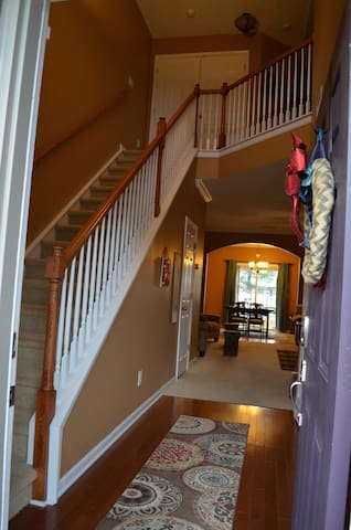 Spacious and Cozy 3bd Townhouse - Nashville - Hus
