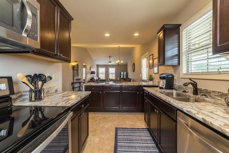 Luxurious Furnished Townhome in Gated Community