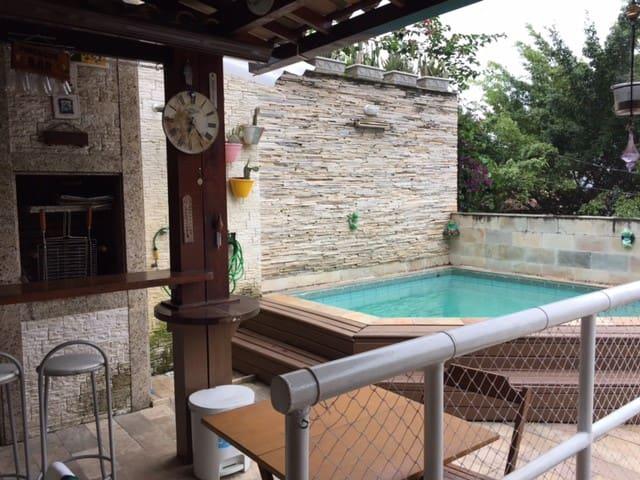 Churrasqueira/Barbecue area