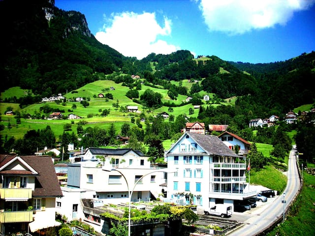 Rooms for rent at Gersau, Schwyz