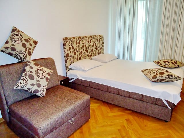 Perfect vacations in Montenegro ! - Budva - Apartment