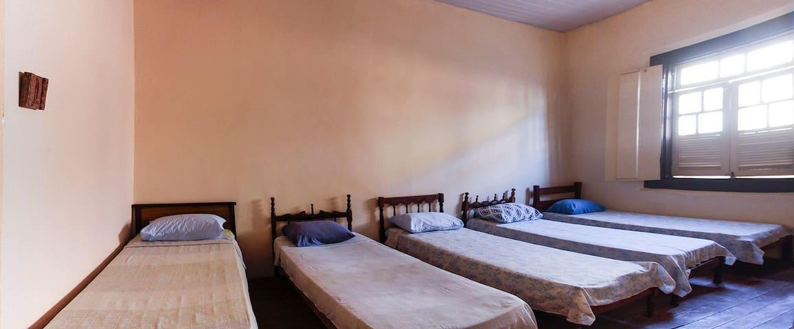 Hostel do Breula - Quarto Coletivo - 5 camas