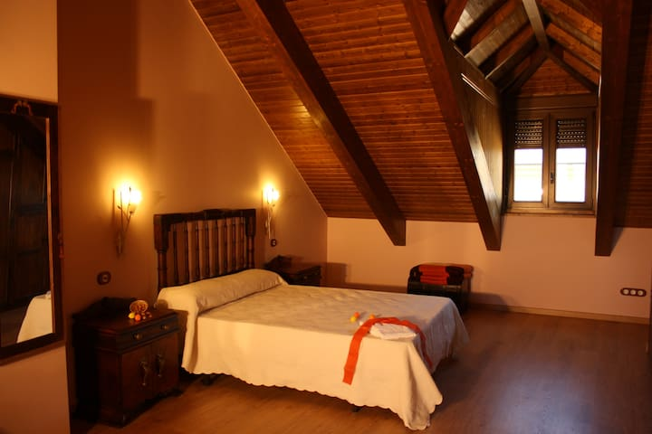 Room  with individual bath and com - Ponferrada - Bed & Breakfast