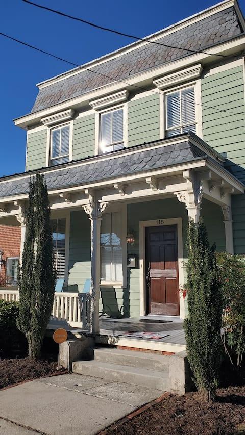 Updated 3 Bedroom Historic Home