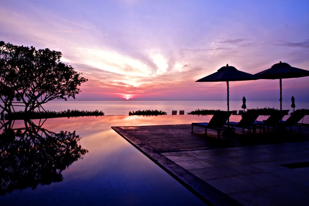Beautiful dawn at Baan Chaan Talay. Simply awesome !!