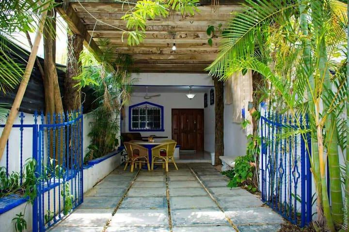 Casa privada cerca del mar a 20 pasos de la 5 av.