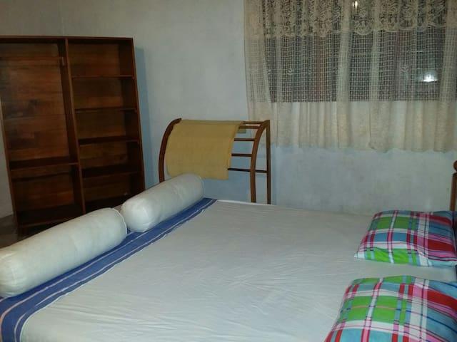 Pathum private rooms - Hikkaduwa - Talo