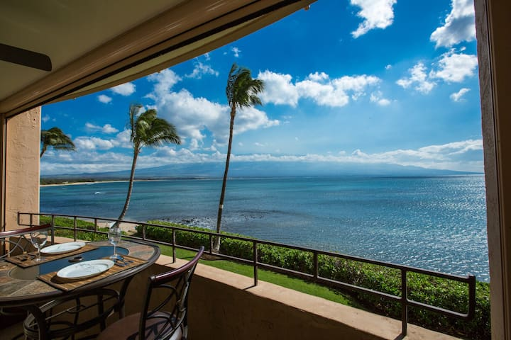 Romantic Oceanfront Maui Convenient - Maalaea - Appartement