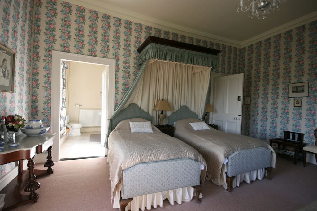 Blue with Twin Beds
