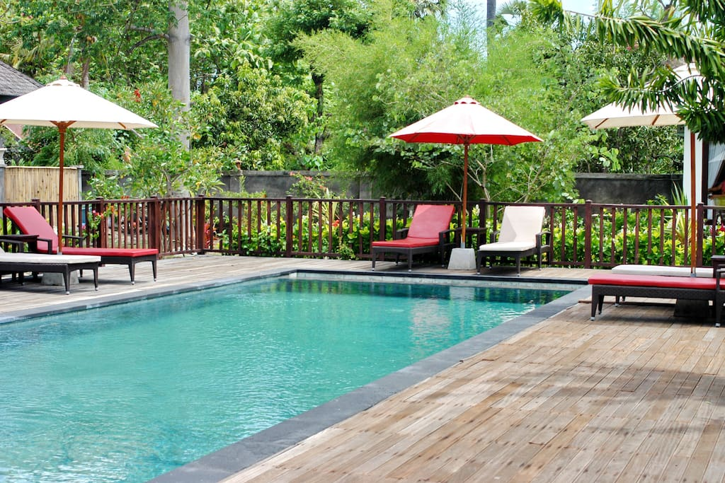shared pool with deck